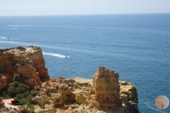 Beeindruckende felsige Küsten bei Carvoeiro.
