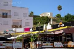 Viele Geschäfte und Restaurants in Carvoeiro.