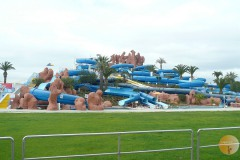 Slide and Splash, waterpark in Estombar.