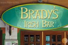 De Brady's bar in Carvoeiro, zeer gewild bij de Engelse en Ierse toeristen.