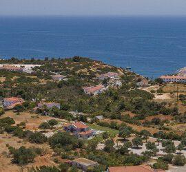 Algarve Apartment Rental with Pool