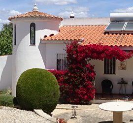 Holiday villa rental Carvoeiro